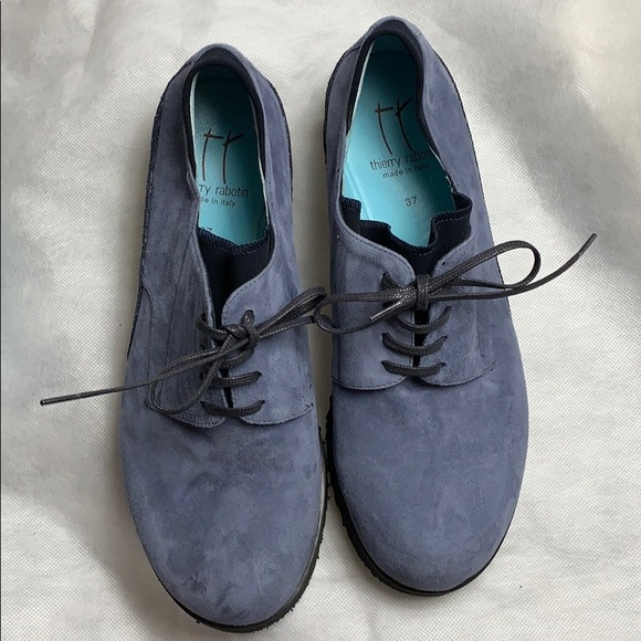 new arrivals 203e3 f0254 Thierry Rabotin Zeke in Blue Suede, size 37